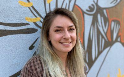 Artist Profile: Lindsay Falsone